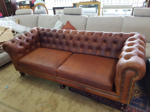 Brand New Absolutely Stunning Leather Chesterfield Couch 157787